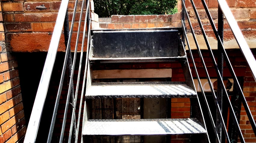 BUILDING SAFETY WITH A STAIRCASE